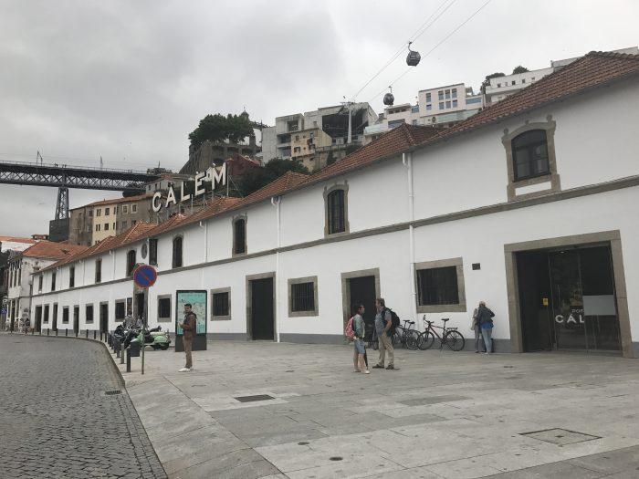 calem port house port tasting porto 700x525 - The guide to port tasting in Porto, Portugal