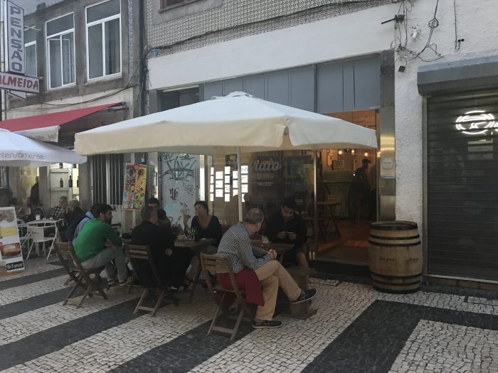 catraio porto 700x525 - The best craft beer in Porto, Portugal