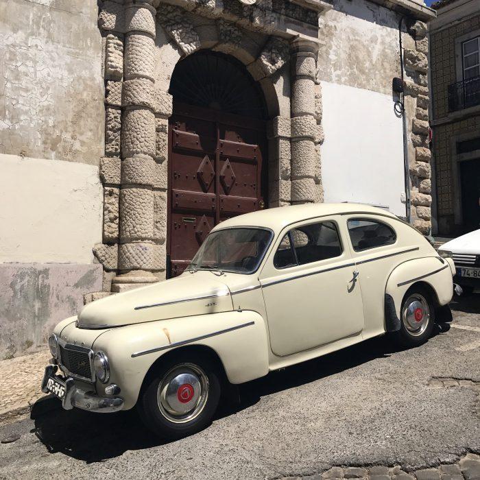classic car lisbon 700x700 - A visit to Sao Jorge Castle & Alfama in Lisbon, Portugal