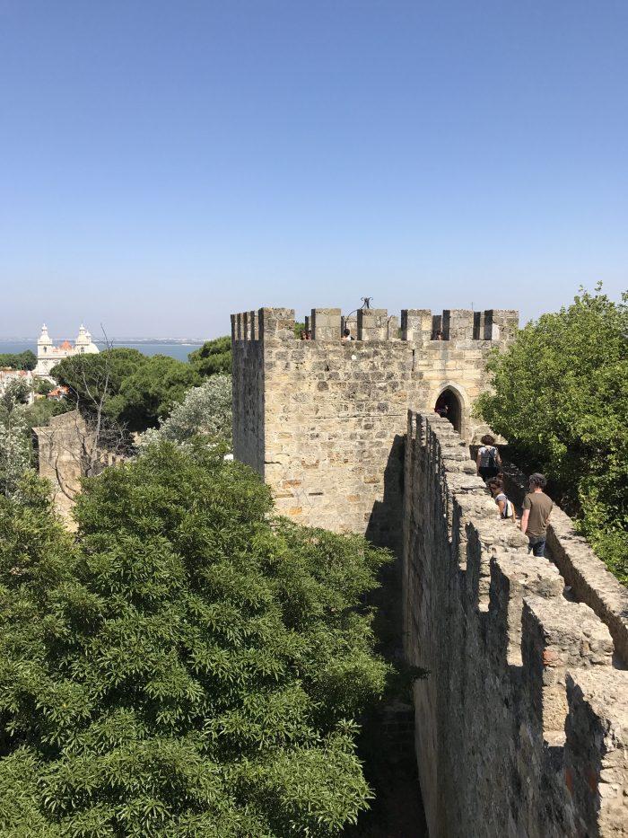 lisbon castle 700x933 - A visit to Sao Jorge Castle & Alfama in Lisbon, Portugal