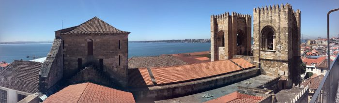 lisbon cathedral panorama 700x213 - A visit to Sao Jorge Castle & Alfama in Lisbon, Portugal