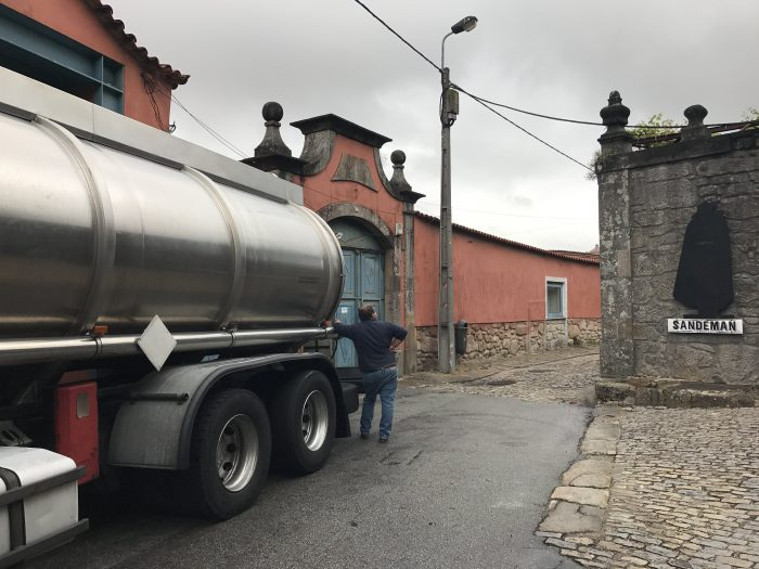 port workers truck sandeman porto 700x525 - The guide to port tasting in Porto, Portugal