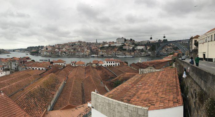 porto port houses 700x382 - The guide to port tasting in Porto, Portugal