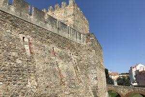 sao jorge castle lisbon 300x200 - A visit to Sao Jorge Castle & Alfama in Lisbon, Portugal