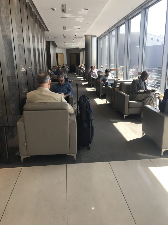 air canada maple leaf lounge frankfurt chairs 700x933 - Air Canada Maple Leaf Lounge Frankfurt Airport FRA review
