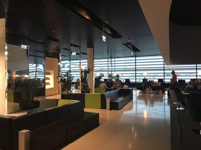 ana lounge lisbon 700x525 - ANA Lounge Lisbon Airport LIS review