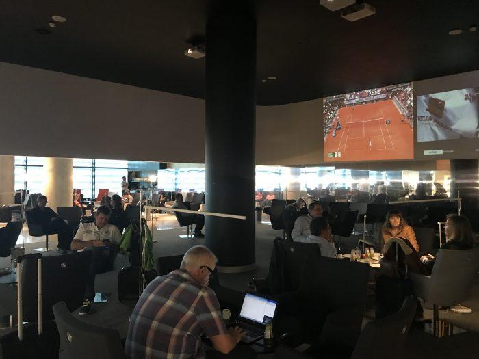 ana lounge lisbon tv seating 700x525 - ANA Lounge Lisbon Airport LIS review