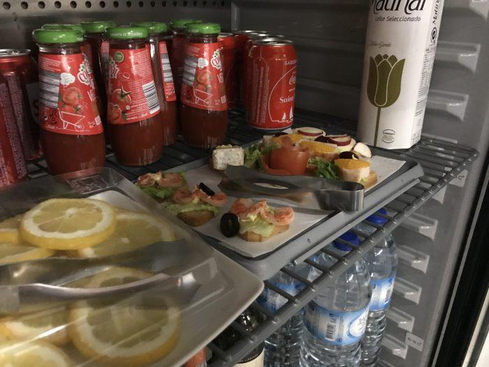 blue lounge lisbon food 700x525 - Blue Lounge Lisbon Airport LIS review