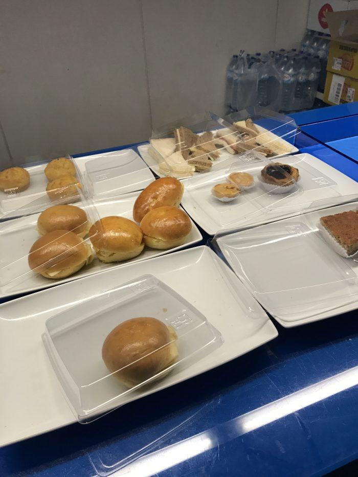 blue lounge lisbon sandwiches 700x933 - Blue Lounge Lisbon Airport LIS review