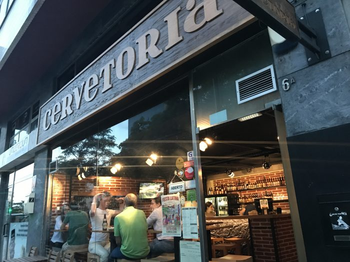 cervetoria lisbon 700x525 - The best craft beer in Lisbon, Portugal