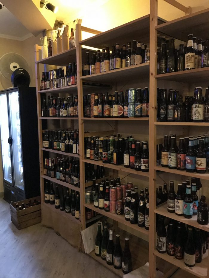 craft beer bottle shop in lisbon 700x933 - The best craft beer in Lisbon, Portugal