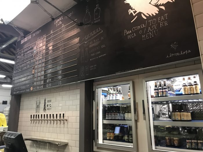 dois corvos brewery craft beer lisbon 700x525 - The best craft beer in Lisbon, Portugal
