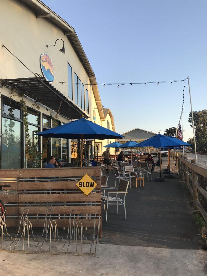 island brewing company carpinteria patio 700x933 - The best craft beer in Carpinteria, California