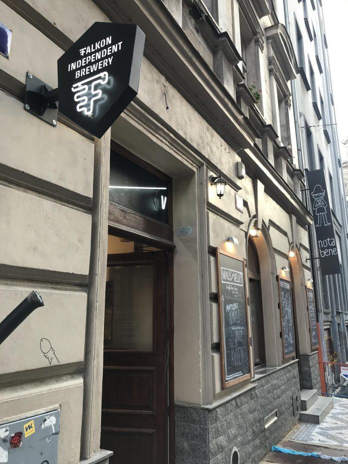 maly velky craft beer bar prague 700x933 - The best craft beer in Prague, Czech Republic