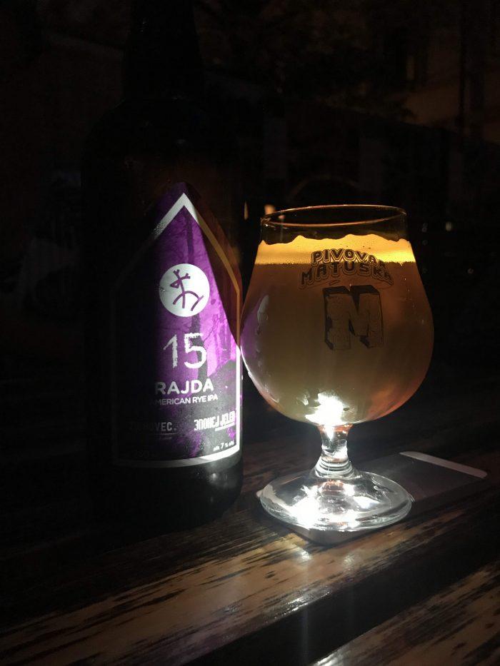 u kunstatu prague craft beer bar 700x933 - The best craft beer in Prague, Czech Republic