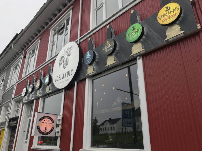 craft beer in reykjavik icelandic craft bar 700x525 - The best craft beer in Reykjavik, Iceland
