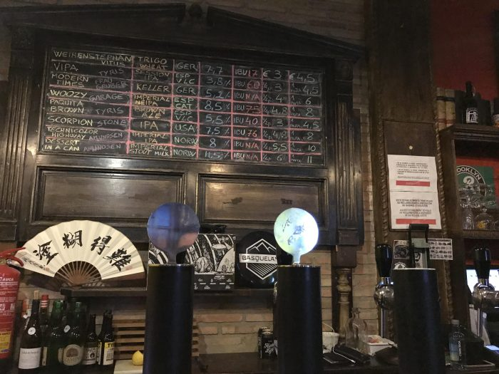 the market craft beer valencia spain 700x525 - The best craft beer in Valencia, Spain
