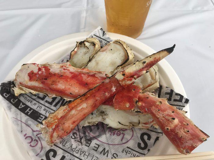 hokkaido food fair crab beer 700x525 - A visit to the Hokkaido Food Fair in Tokyo, Japan