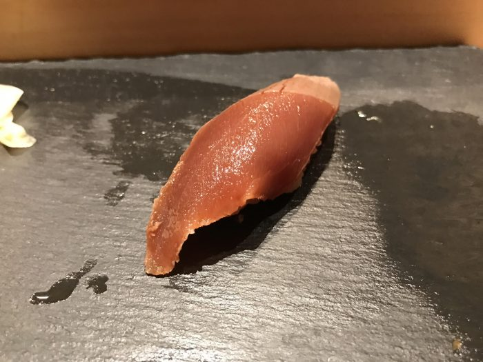 manten sushi marunouchi omakase tuna 700x525 - Eating omakase at Manten Sushi Marunouchi in Tokyo, Japan