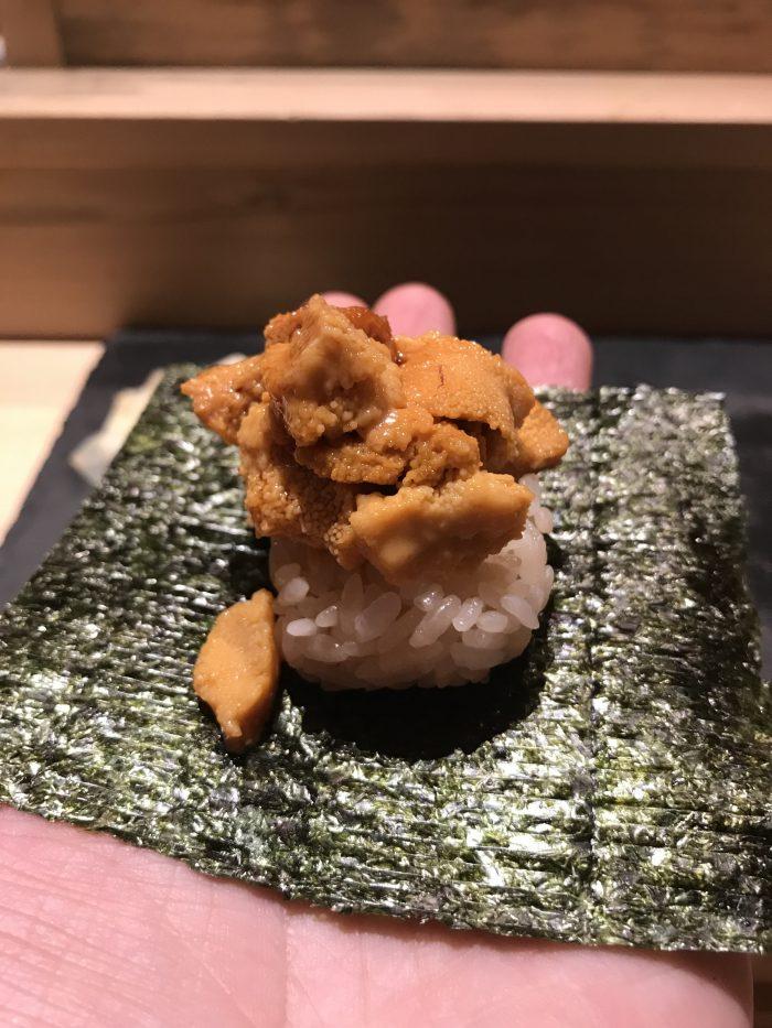 manten sushi marunouchi omakase uni roll 700x933 - Eating omakase at Manten Sushi Marunouchi in Tokyo, Japan