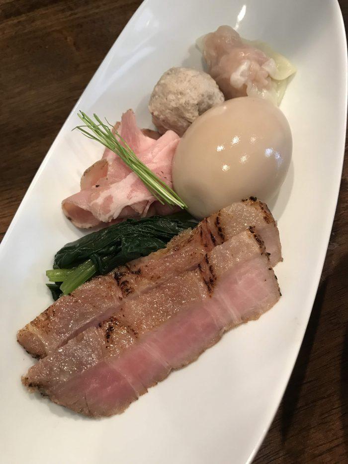 nakiryu michelin star ramen tokyo tantanmen deluxe toppings 700x933 - A visit to Nakiryu - Michelin-starred ramen in Tokyo, Japan