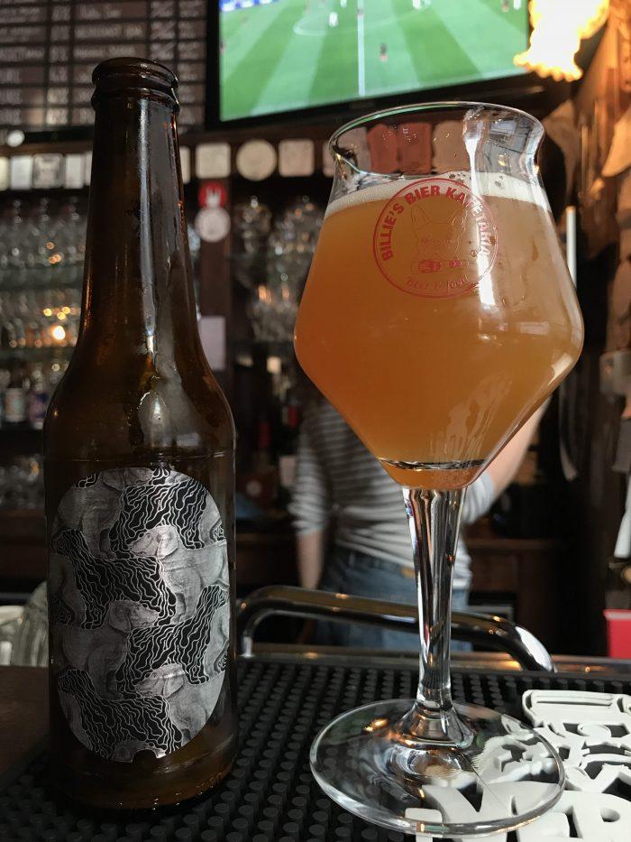 billies craft beer antwerp 700x933 - The best craft beer in Antwerp, Belgium