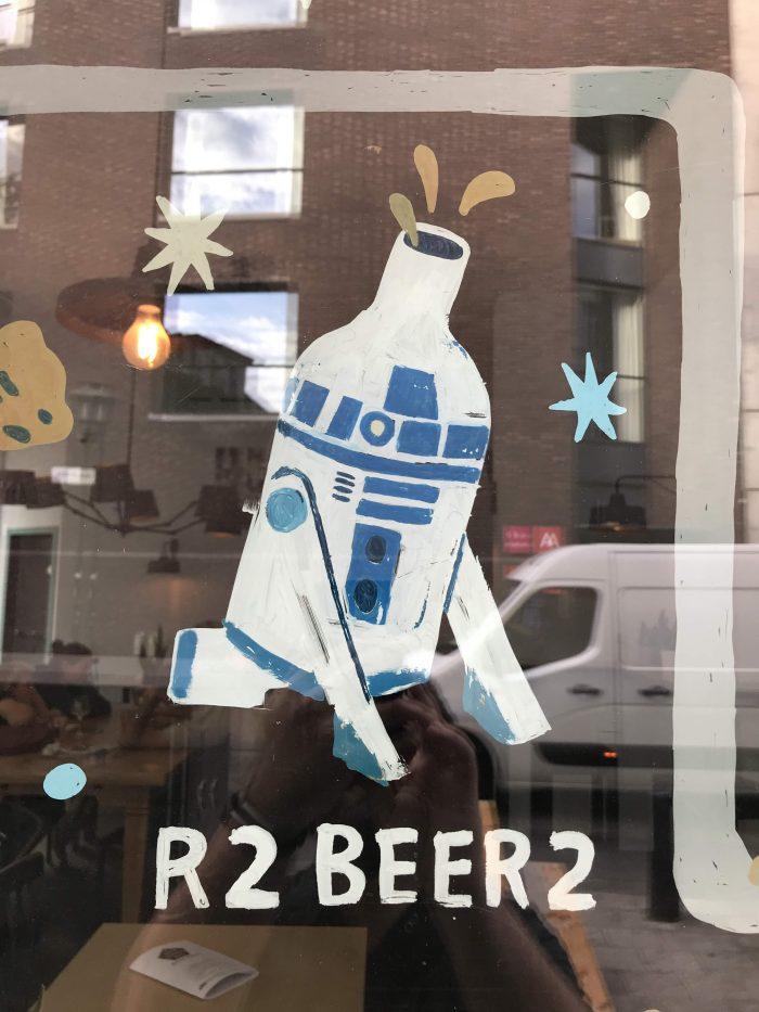 r2beer2 700x933 - The best craft beer in Antwerp, Belgium
