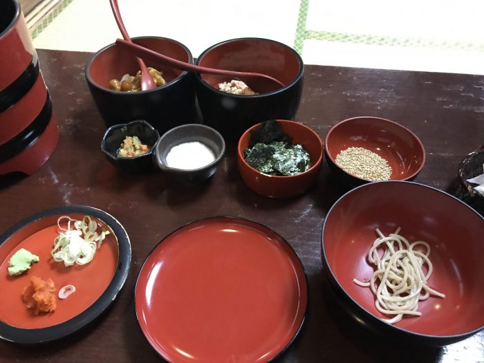 wanko soba condiments 700x525 - The Three Great Noodles of Morioka, Japan