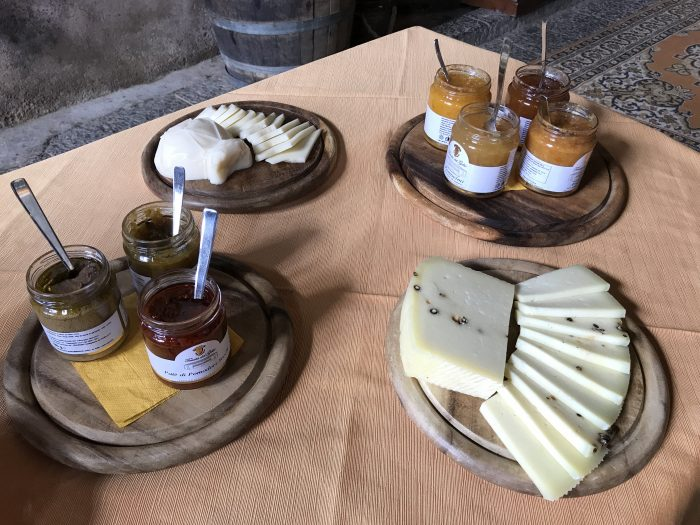 sicilian cheese marmalade tasting 700x525 - Orange groves & wine tasting at Tenuta Del Gelso in Catania, Sicily