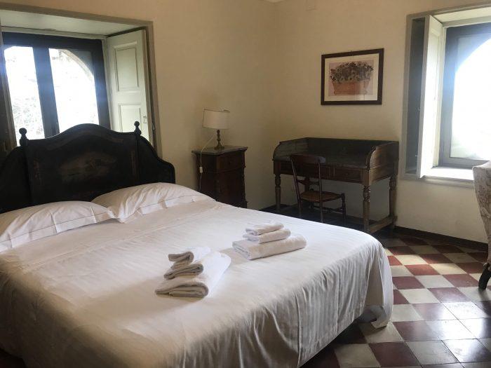 tenuta del gelso hotel 700x525 - Orange groves & wine tasting at Tenuta Del Gelso in Catania, Sicily