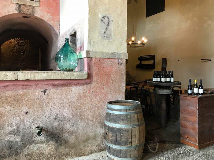 tenuta del gelso winery 700x525 - Orange groves & wine tasting at Tenuta Del Gelso in Catania, Sicily