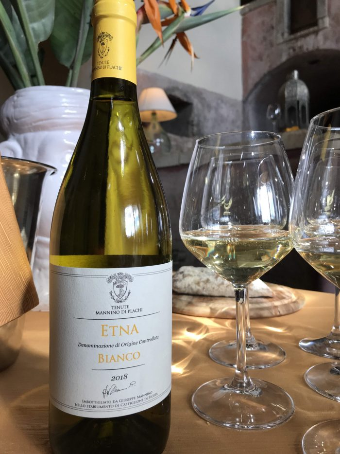 tenute mannino bianco wine 700x933 - Orange groves & wine tasting at Tenuta Del Gelso in Catania, Sicily