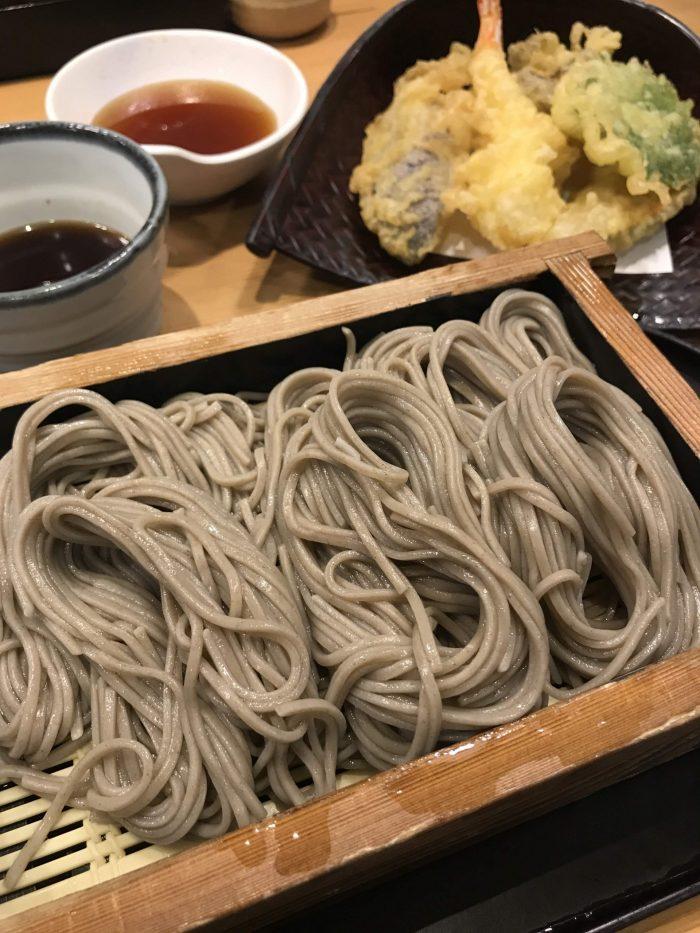 hegi soba tempura niigata 700x933 - Eating hegi soba in Yuzawa, Japan