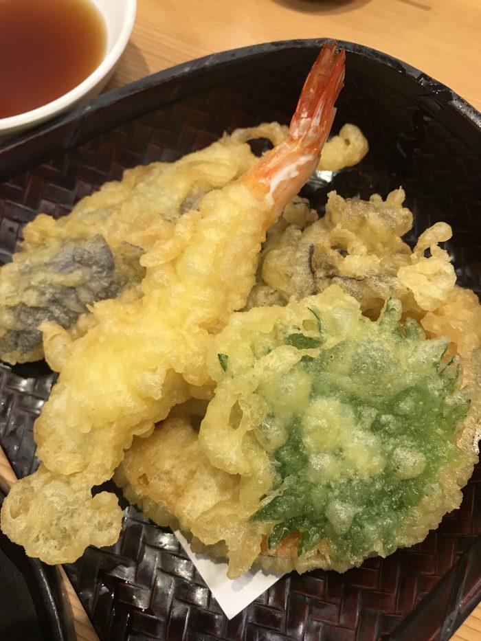 tempura niigata 700x933 - Eating hegi soba in Yuzawa, Japan