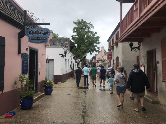 st george street st augustine 700x525 - A weekend trip to St. Augustine, Florida