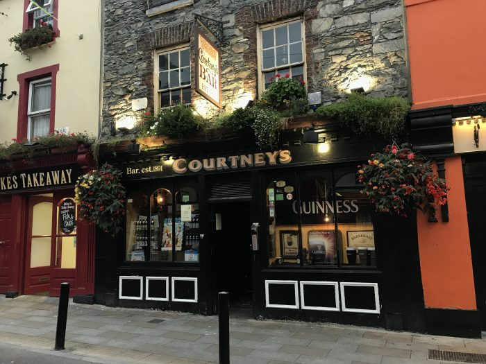 courtneys killarney 700x525 - The best craft beer in Killarney, Ireland