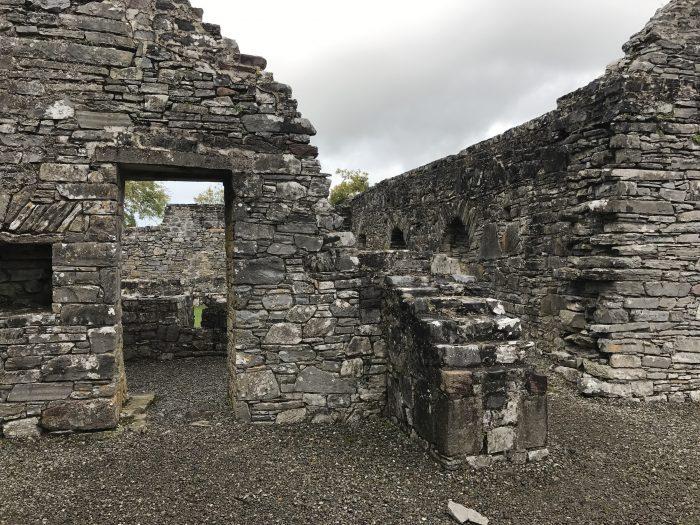 innisfallen abbey 700x525 - The Gap of Dunloe & Killarney Lakes - Ireland at its most beautiful