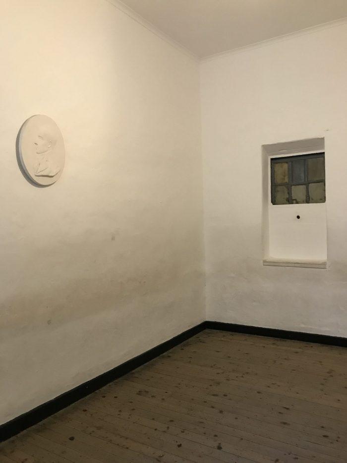 cell for the condemined prisoner kilmainham gaol robert emmet 700x933 - Kilmainham Gaol - Dublin, Ireland's famous prison & historic site