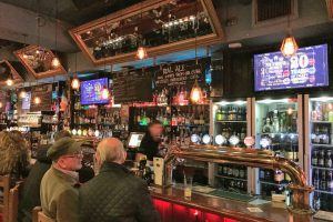 porterhouse dublin craft beer 300x200 - 19 great places for craft beer in Dublin, Ireland