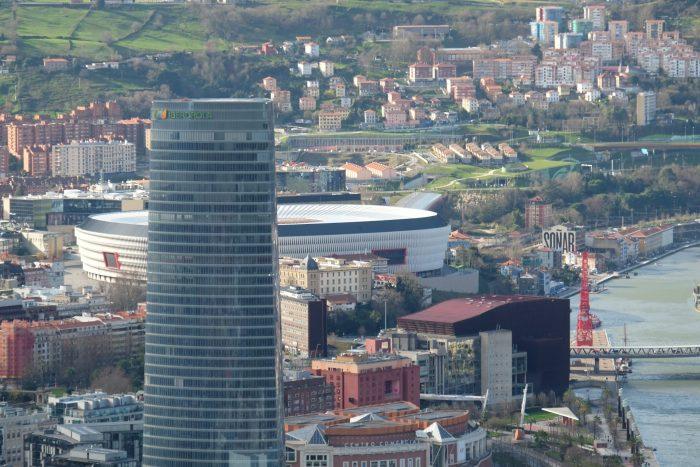 torre iberdrola san mames stadium bilbao 700x467 - Funicular de Artxanda in Bilbao, Spain