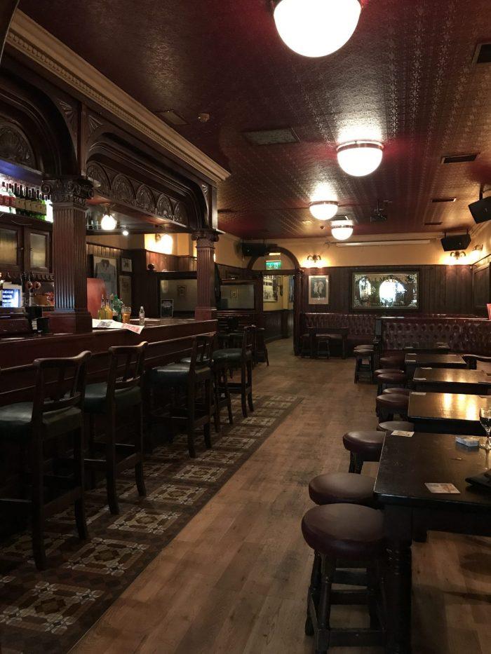 cassidys dublin victorian pub 700x933 - The 16 Victorian pubs in Dublin, Ireland