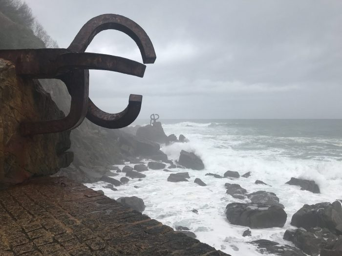 chillida comb of the wind 700x525 - A walk along the San Sebastian promenade to Chillida's Comb of the Wind