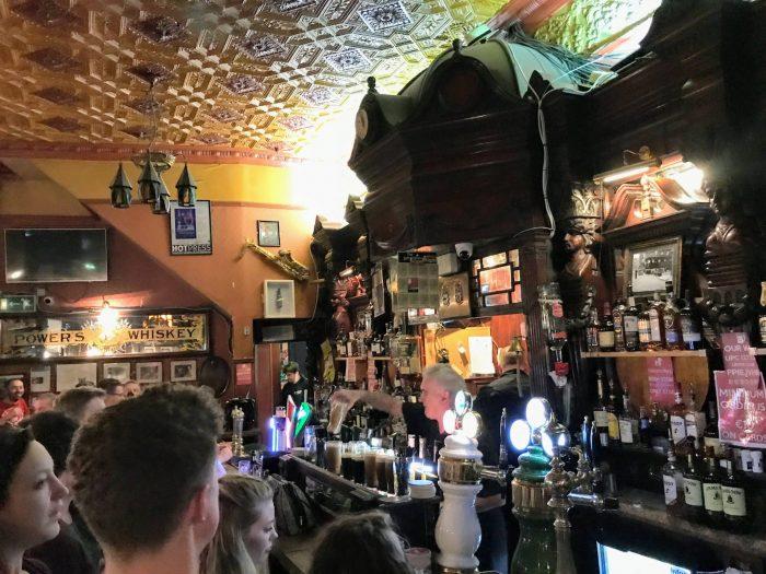 international bar dublin victorian pub 700x525 - The 16 Victorian pubs in Dublin, Ireland