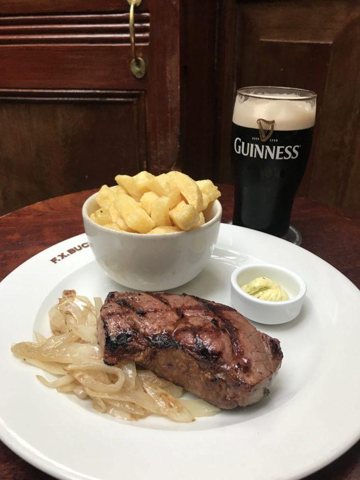 ryans dublin pub lunch steak guinness dublin 700x933 - The 16 Victorian pubs in Dublin, Ireland