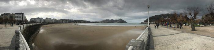 san sebastian promenade 700x166 - A walk along the San Sebastian promenade to Chillida's Comb of the Wind