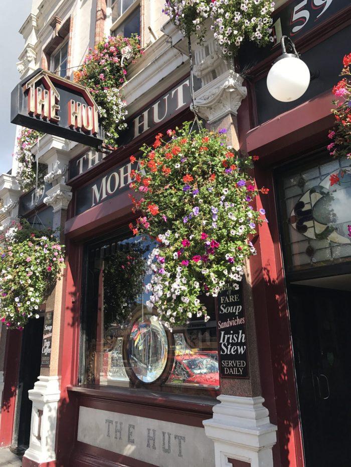 the hut dublin victorian pub 700x933 - The 16 Victorian pubs in Dublin, Ireland
