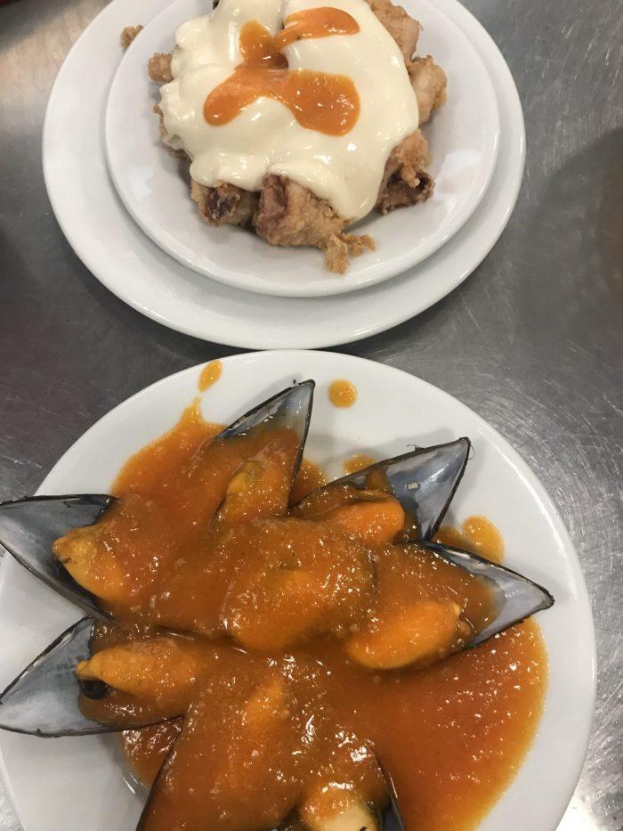 la mejillonera pintxos san sebastian 700x933 - Five must-try dishes in San Sebastian, Spain