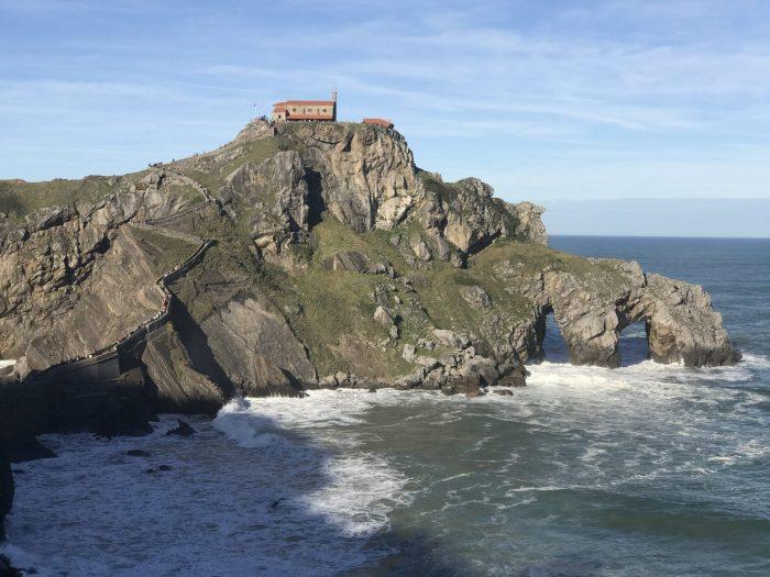 san juan de gaztelugatxe 700x525 - A day trip to San Juan de Gaztelugatxe AKA Dragonstone from Game of Thrones